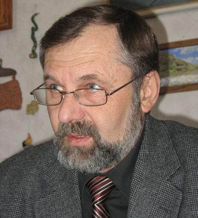 Стоящая перед лесоводами, биологами и ботаниками задача, - говорит кандидат сельскохозяйственных наук Василий Бородавка, - является архисложной, но, тем не менее, она выполнима.