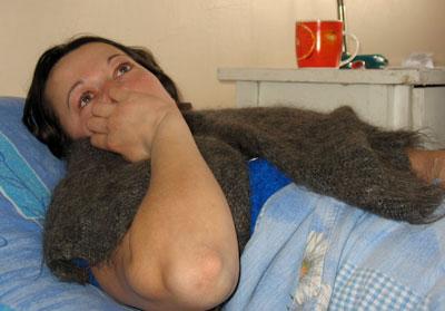 Ирина Штырба дает интервью сквозь слезы.