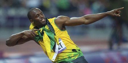Этот победный жест Усэйна Болта стал самым популярным на Олимпиаде-2012.  Его уже повторяют тысячи болельщиков.