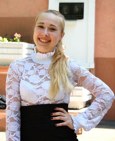 Кроме учёбы,  Валерия Васильева обожает спорт, танцы и литературу.